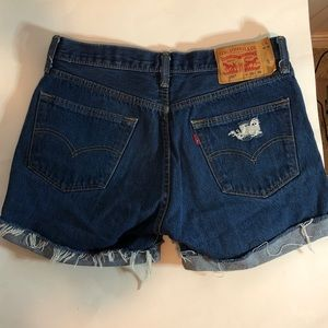 Levi's 501 Distressed Cut off Shorts Size 35